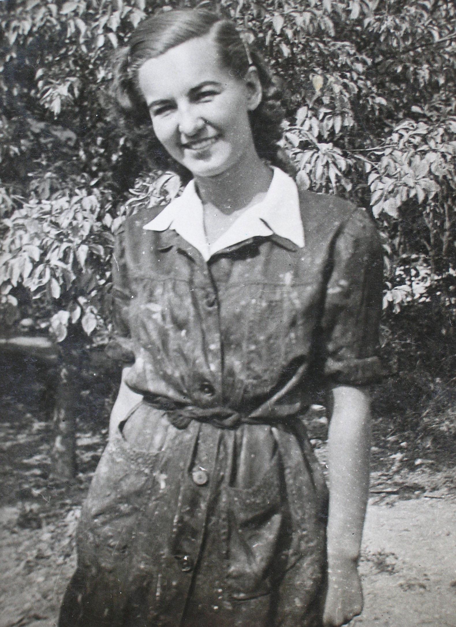 Tallós Ilona főiskolás korában